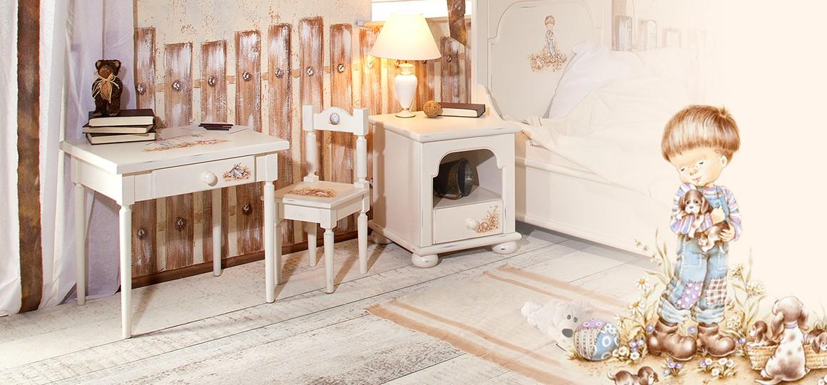Детский столик со стульчиком из натурального дерева с яркой росписью
