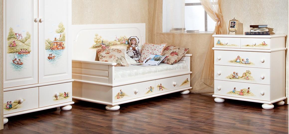 Детский диван от Woodright – нужный предмет в детской комнате